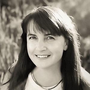 A head shot of Monica Morgan Davis from the blog The Hidden Veggies